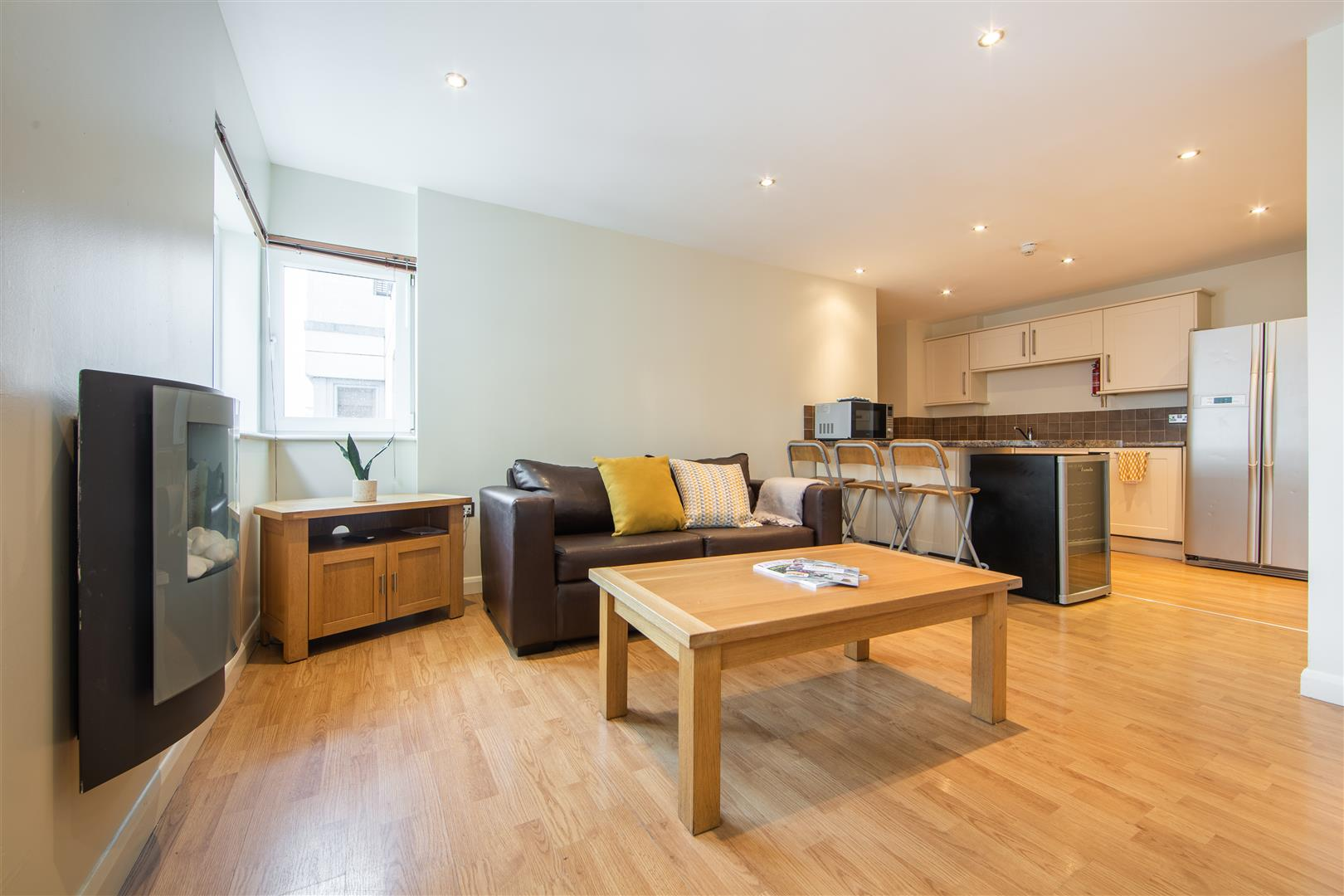 Stepney Lane Newcastle Upon Tyne, 4 Bedrooms  Flat - purpose built ,To Let